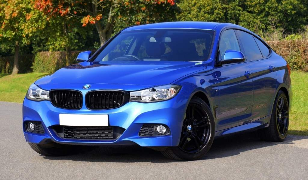 Best Wax and Polish for Metallic Cars