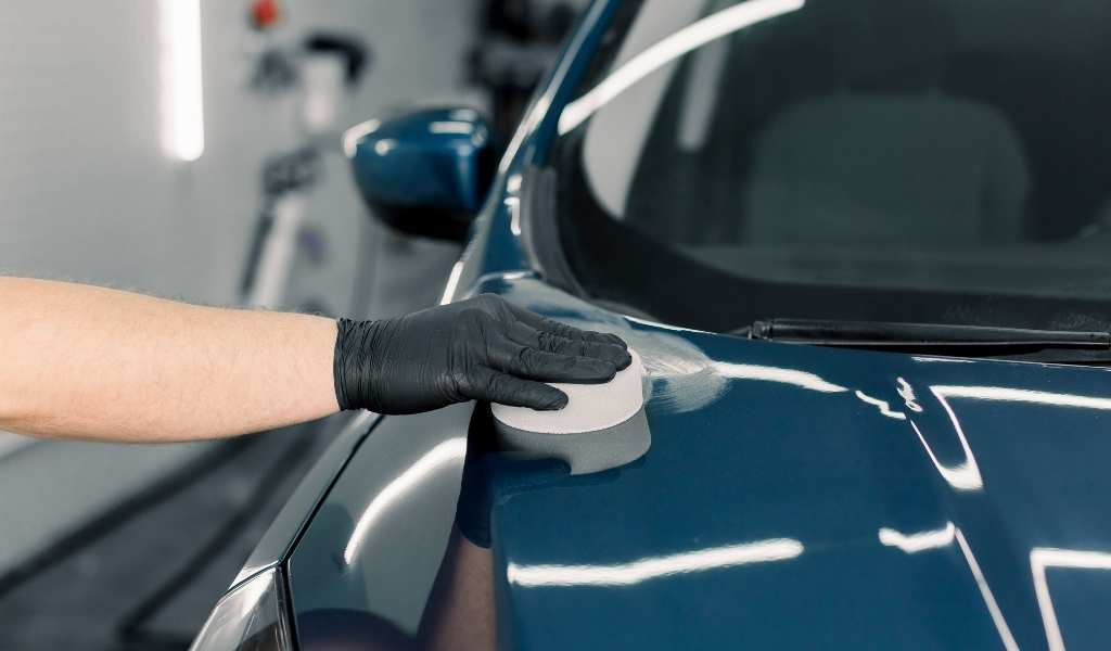 Carnauba Wax vs Synthetic Wax: Which is Best for Your Car?