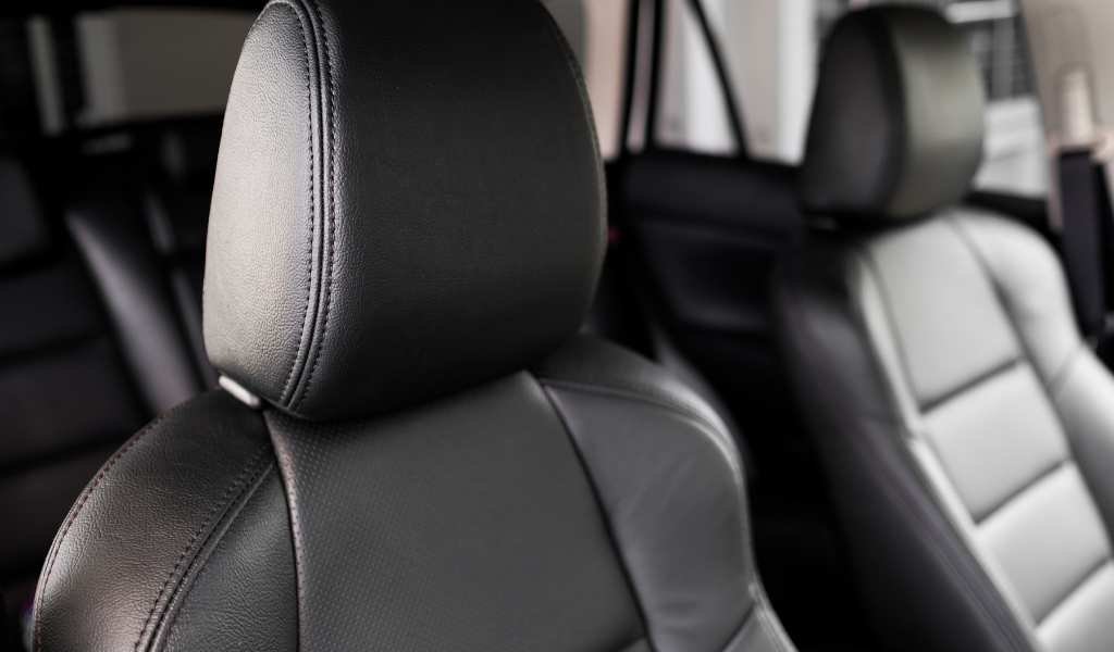 Best Leather Car Seat Cleaners & Conditioners [UK Guide]